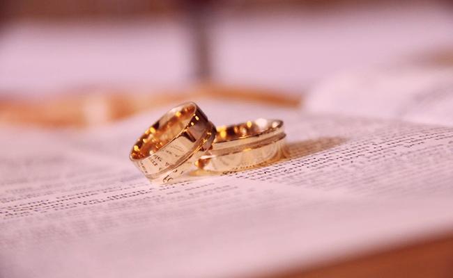 6e42533fb8d5 Qué significa soñar con anillos de compromiso
